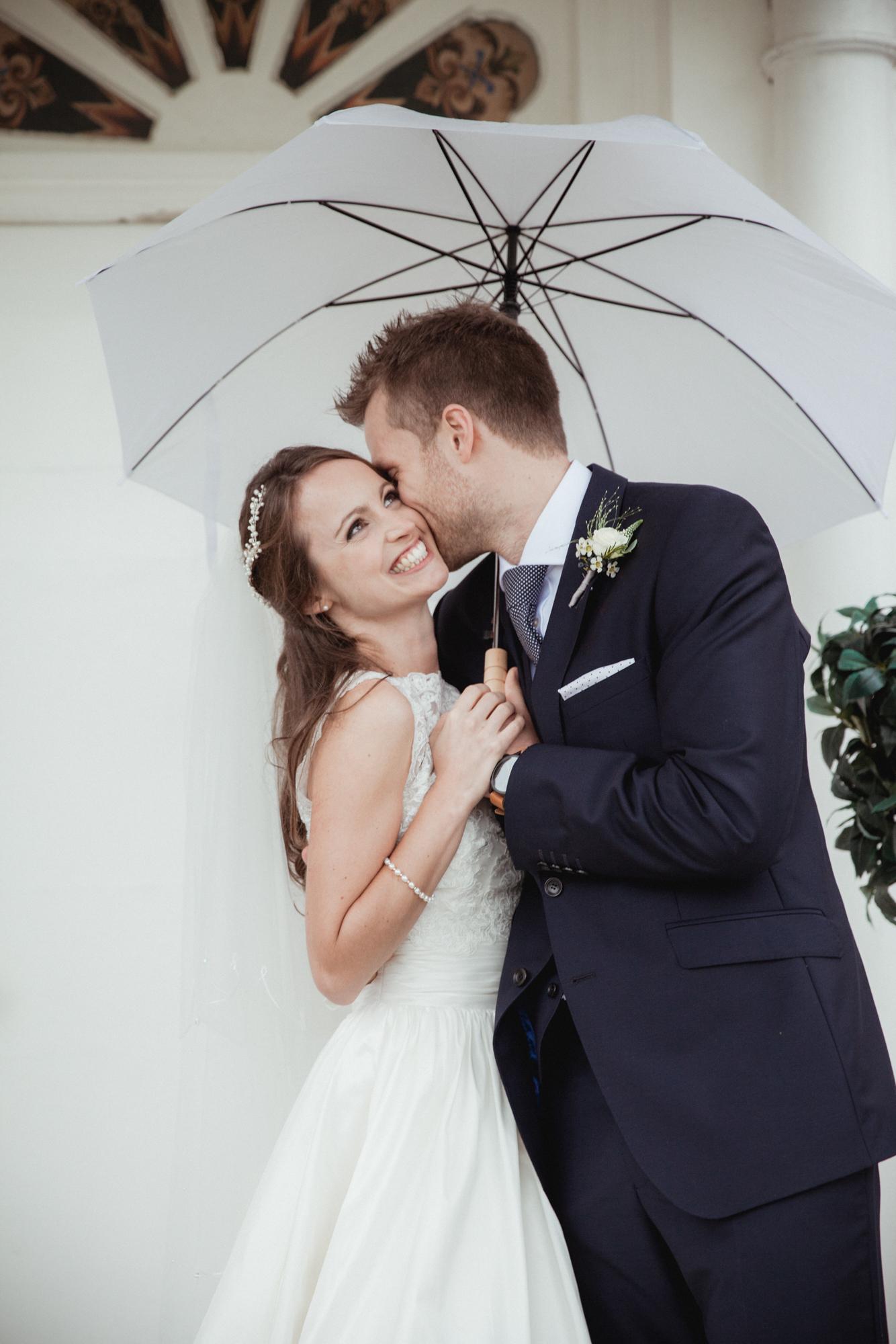 bradbourne house wedding umbrella kent