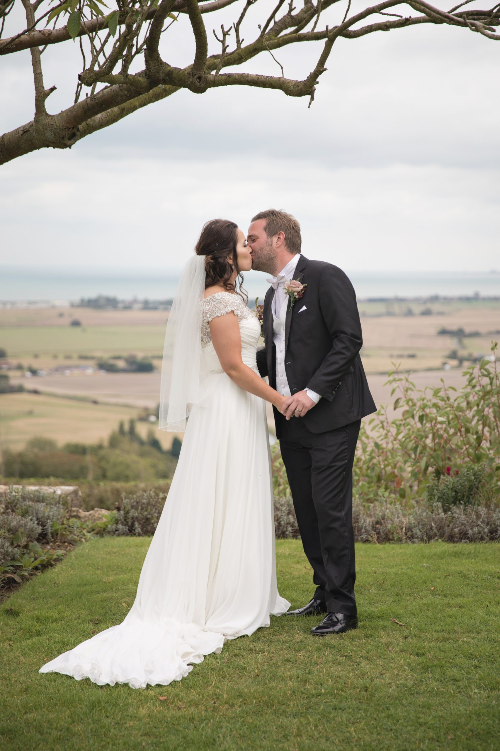 lympne castle wedding photographer kent