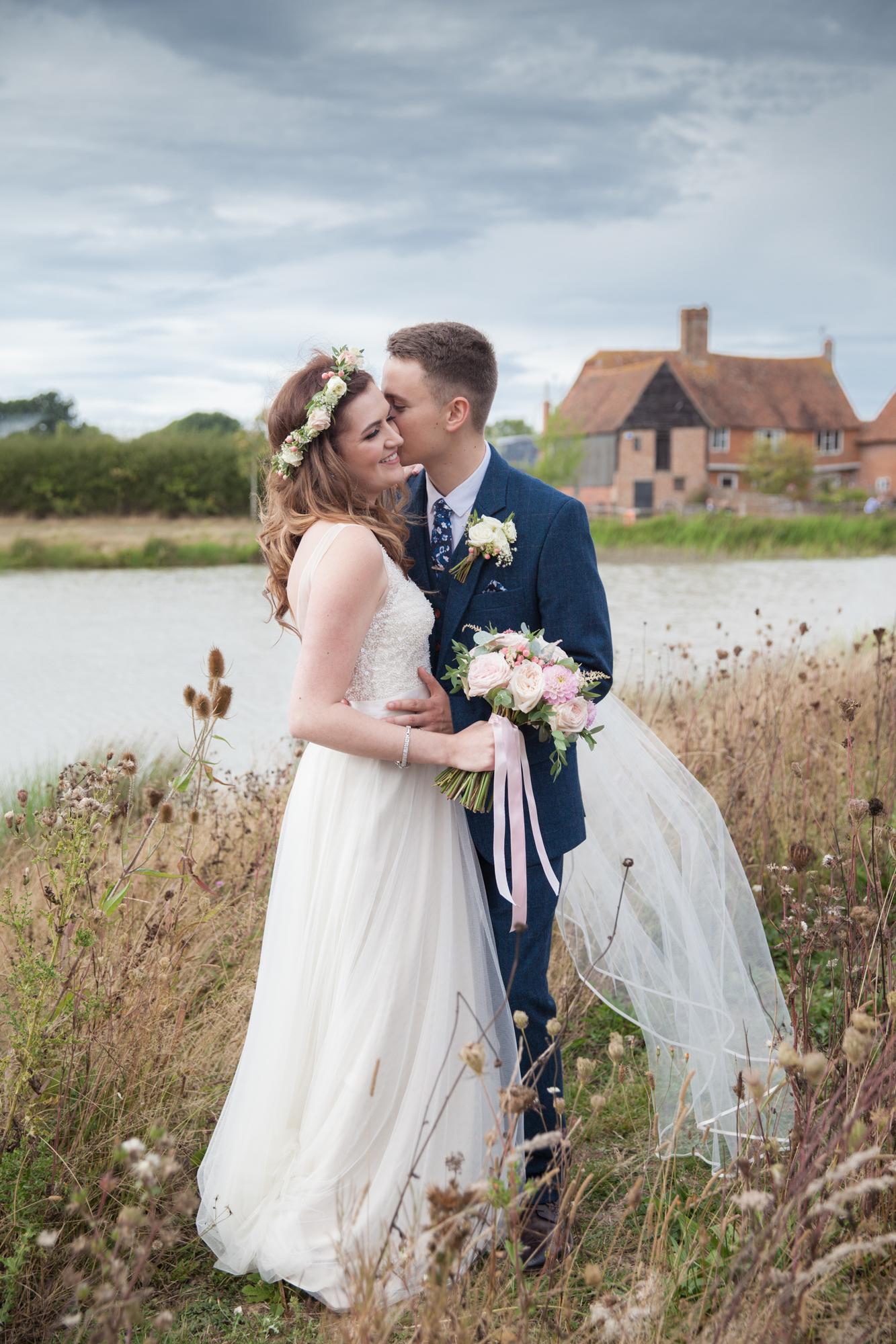 barn meadow wedding kent photographer