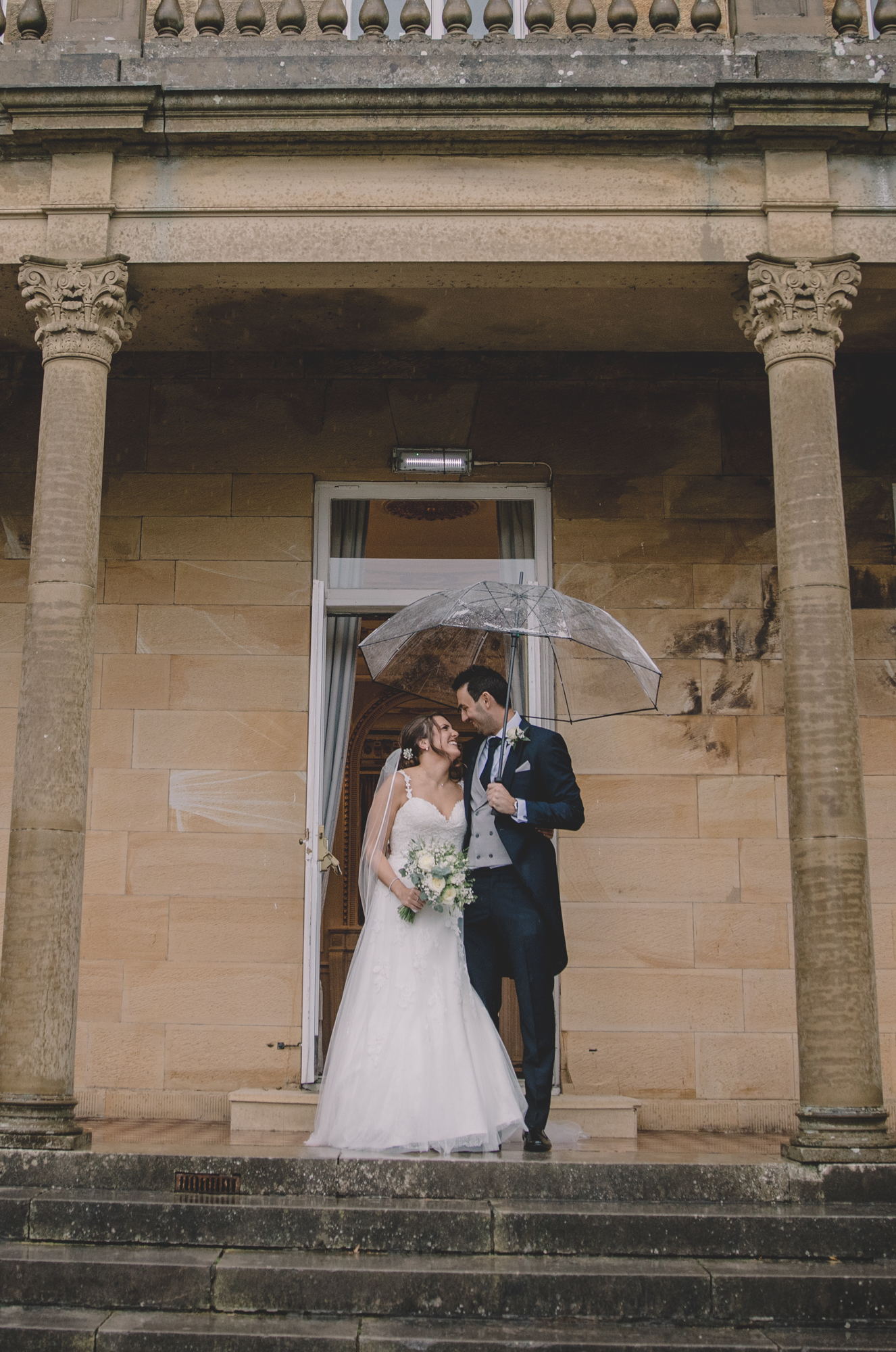 rain at salomons estate wedding