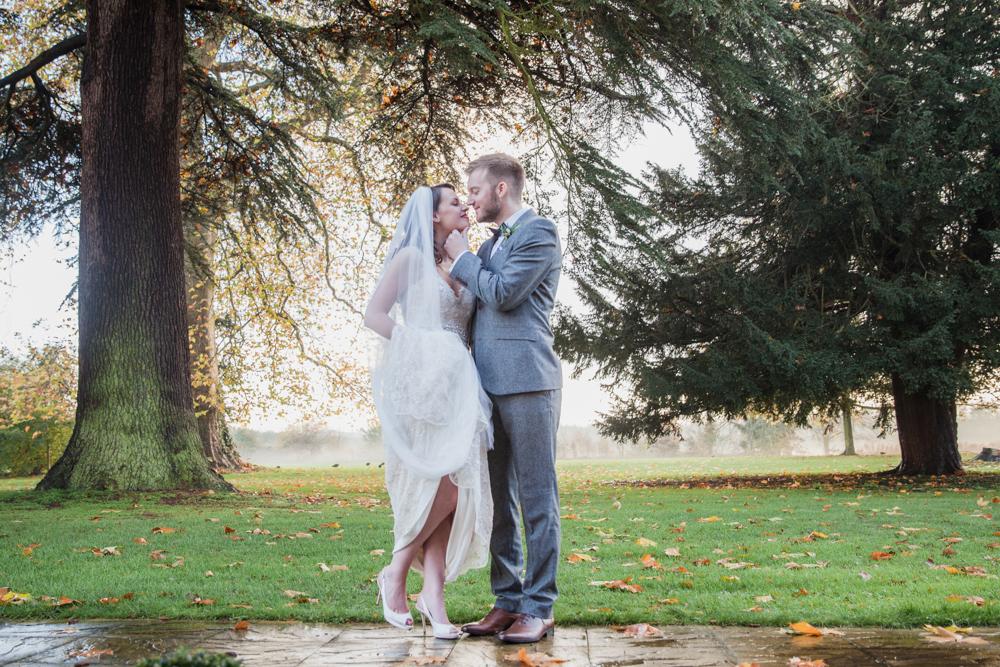 bradbourne house wedding autumn