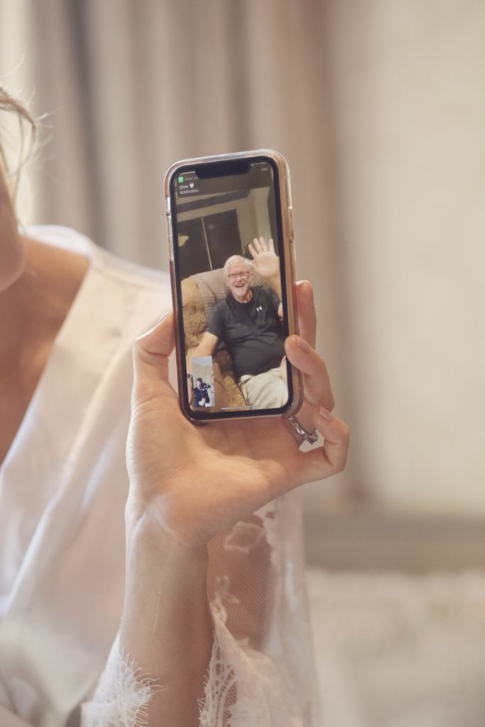 facetime at wedding during covid