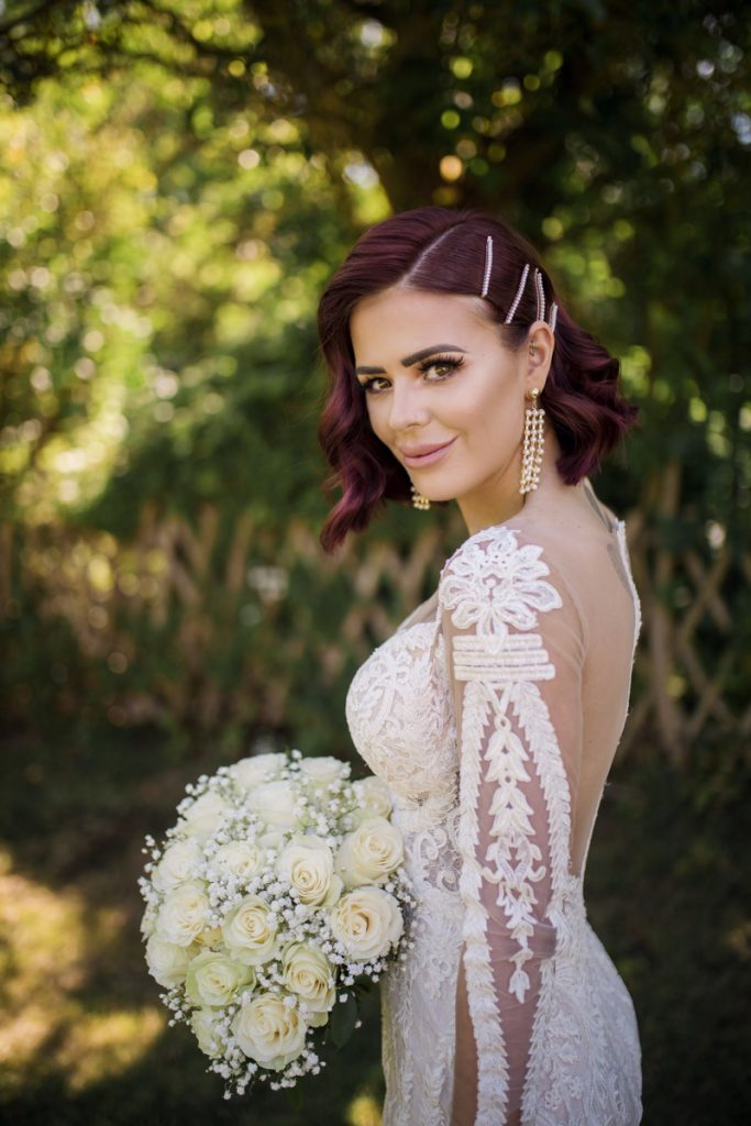 modern bride in riki dalal